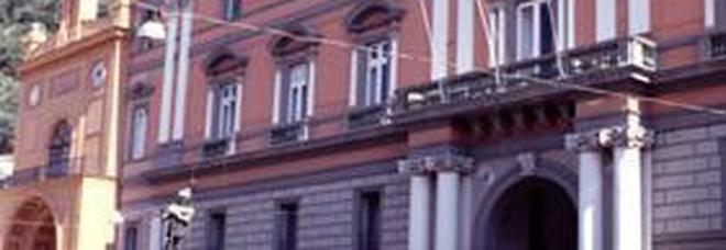 Stipendi d'oro al Comune di Sarno, accusa flop
