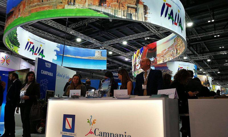 """""""Campania. Places, flavours, excellences"""": presentata la nuova guida enogastronomica della Regione Campania"""