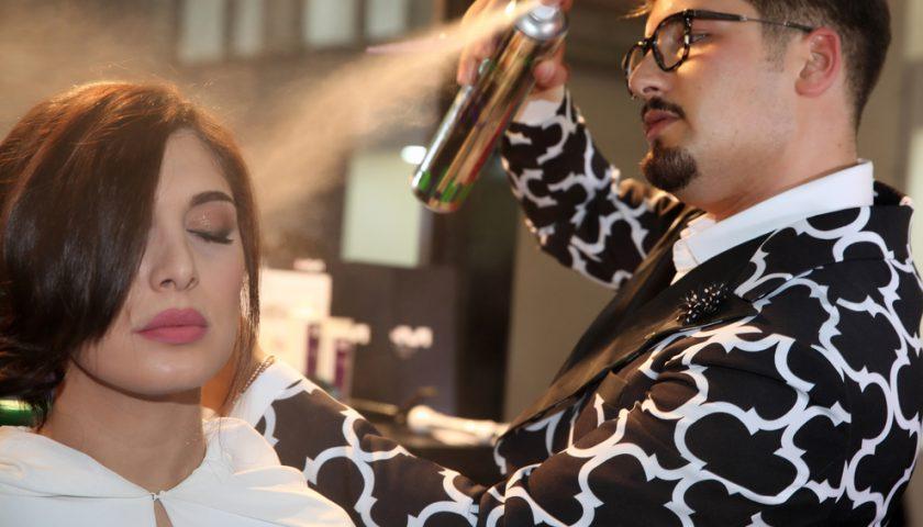 Arriva l'hair stylist 2.0: cura anche l'abbigliamento della donna
