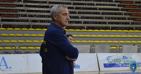Si dimette coach Marco Calvani, Lino Lardo è il nuovo allenatore della Givova Scafati