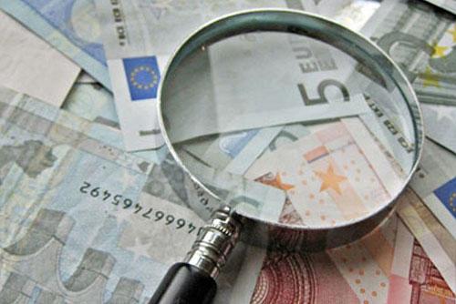 Flat tax, ecco come funziona: a fine mese mille euro in più