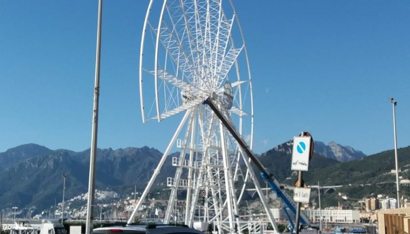 Salerno, prende sempre più forma la ruota panoramica