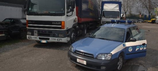 Sarno: recuperata merce per 110.000 euro rapinata da un Tir. Denunciate due persone