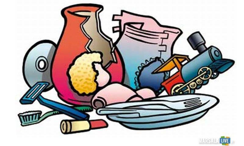 Raccolta rifiuti a Salerno: disposto un secondo giorno per l'indifferenziato delle attività commerciali durante Luci d'Artista