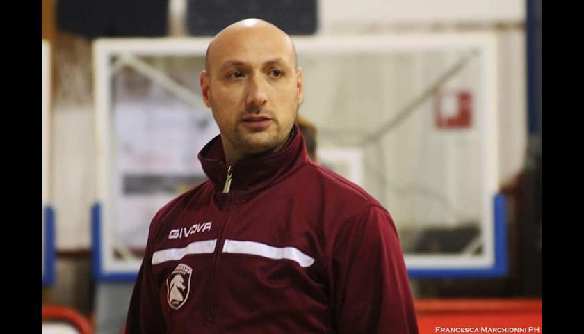 Salernitana femminile, si dimette il tecnico Dino Taffarel