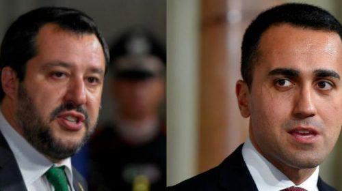Salvini e Di Maio litigano sull'immondizia in Campania-