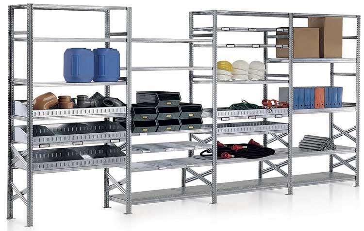 Arredo industriale: come sceglierlo sfruttando ogni centimetro di magazzino e spazio lavorativo