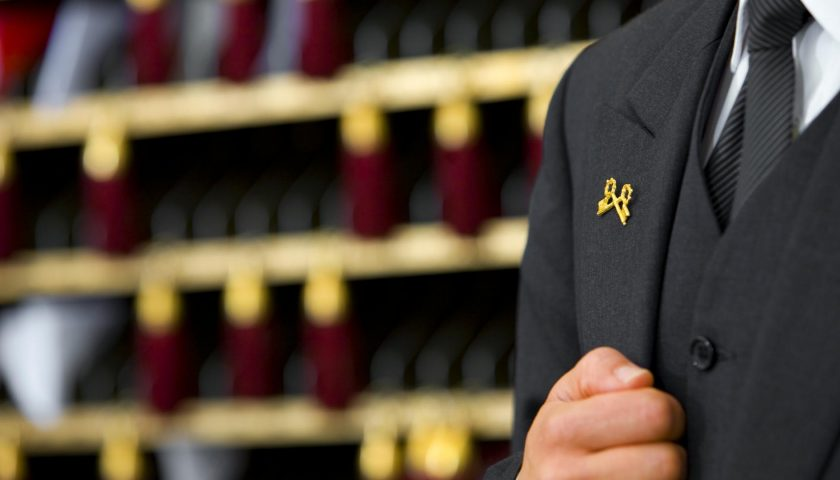 """Napoli, al Grand Hotel Oriente il XL congresso nazionale dell'Unione Italiana Portieri d'Albergo """"Les Clefs d'Or"""""""