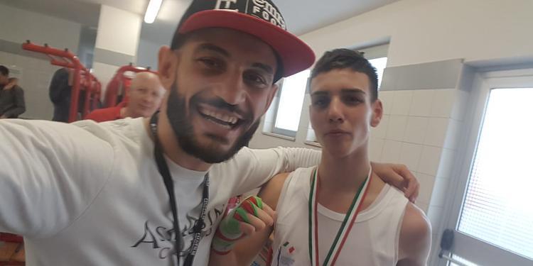 Vitolo, un pugno ai sacrifici: campione d'Italia a 15 anni