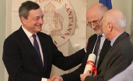 Draghi difende l'Europa e spinge per le riforme