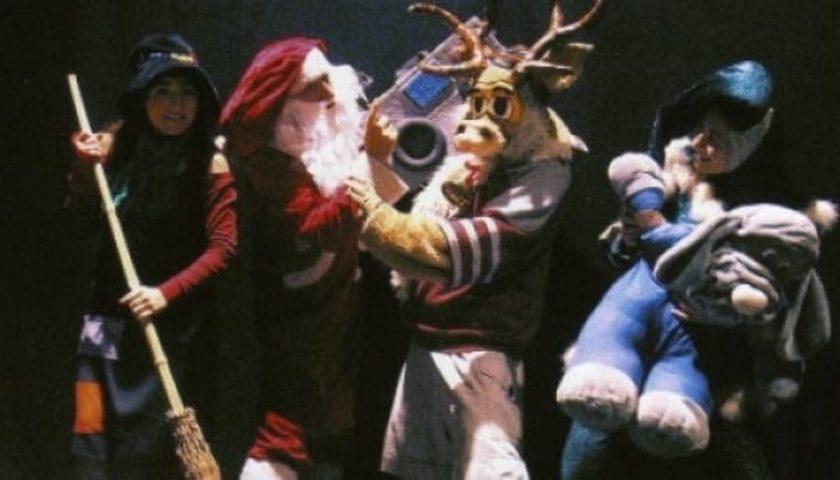 """Fiabe per Luci d'Artista: all'Augusteo venerdì c'è """"Babbo Natale e il mistero della lista scomparsa"""""""