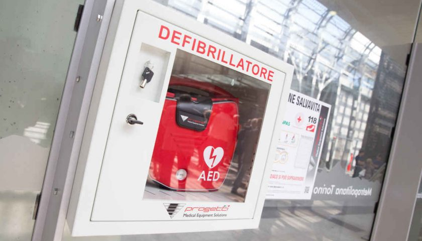 In Campania installati defibrillatori in ogni Ufficio dell'Agenzia delle Entrate