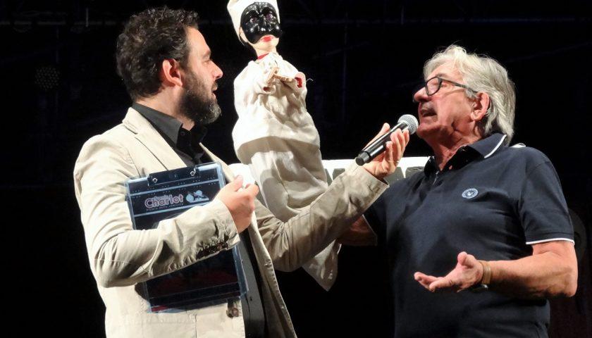 Battipaglia conferisce la cittadinanza onoraria al maestro Adriano Ferraiolo, il Re dei Burattini