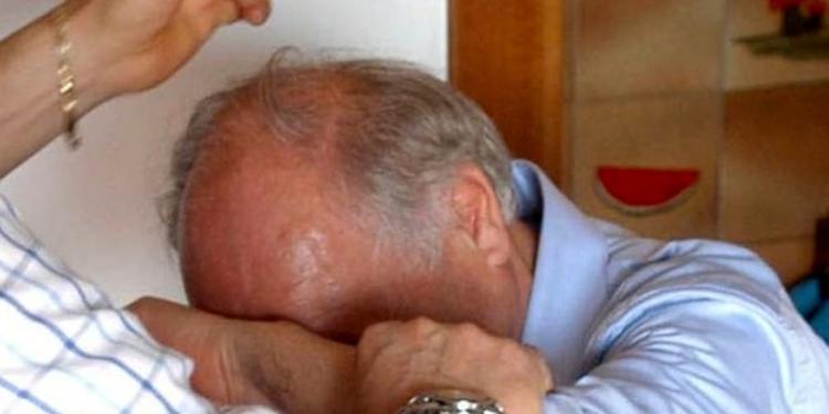 """Anziano del Centro storico di Salerno chiama il 112: """"Aiutatemi, sono un anziano solo e affamato"""""""