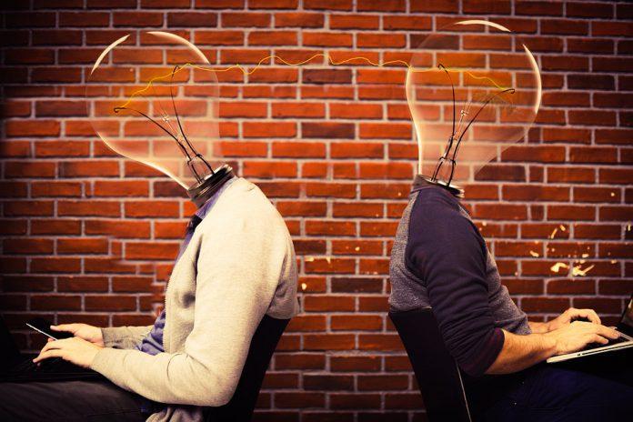 Lo dice la scienza: la tecnologia nuoce ai rapporti umani