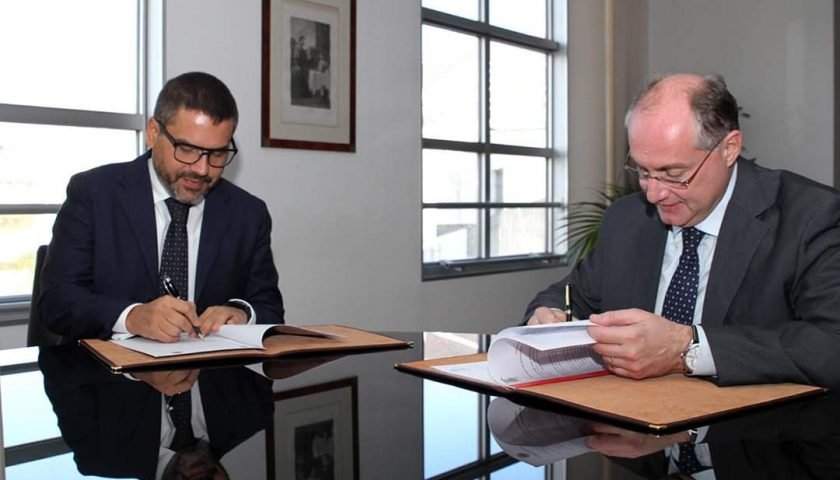 Firmata la convenzione quadro fra Provincia e Università per lo svolgimento di tirocini curriculari per gli studenti Unisa