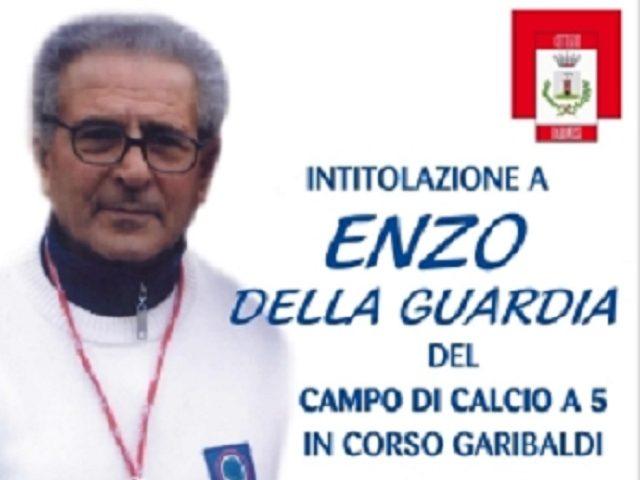 Baronissi, intitolazione ad Enzo Della Guardia del campo di calcio a 5 di Corso Garibaldi