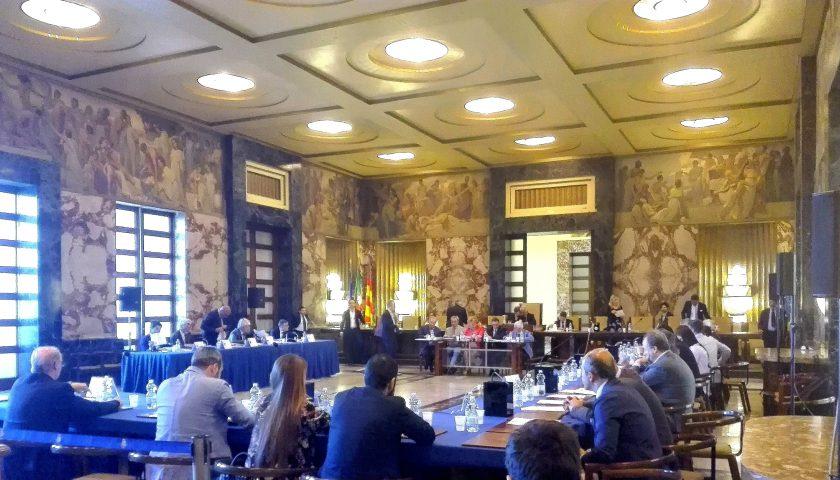 Salerno, consiglio comunale venerdì: all'ordine del giorno anche le misure di contrasto per l'epidemia