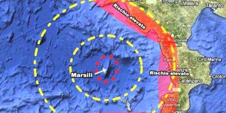 Rischio Marsili nel Cilento, l'esperta: «Lo tsunami ipotesi improbabile»