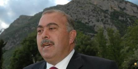 Palumbo sfiduciato a Capaccio Paestum, il sindaco: «Firme comprate»