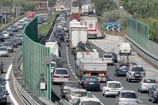 L'inferno ha un raccordo a Salerno: Fratte