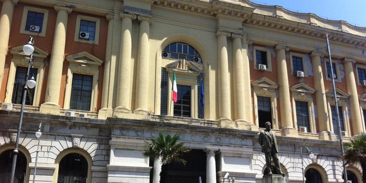 Dubbi sullo stalking a Salerno, annullata la misura