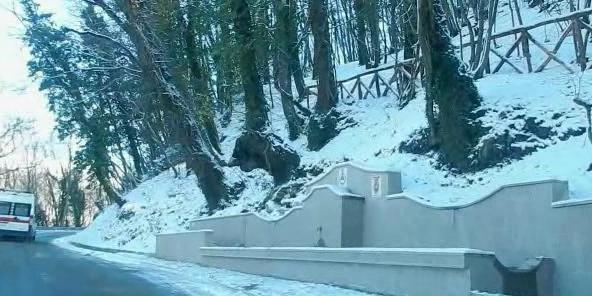 Viabilità e rischio isolamento nei Picentini: al lavoro per l'emergenza neve