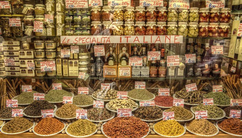L'app fatta in Italia che può dirci se il cibo che mangiamo è cibo sano