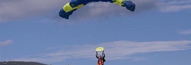 La tragedia di Pontecagnano c'è un'altra vittima una paracadutista donna Indagini in corso