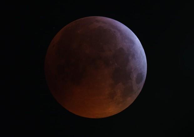 Le immagini della Superluna rossa
