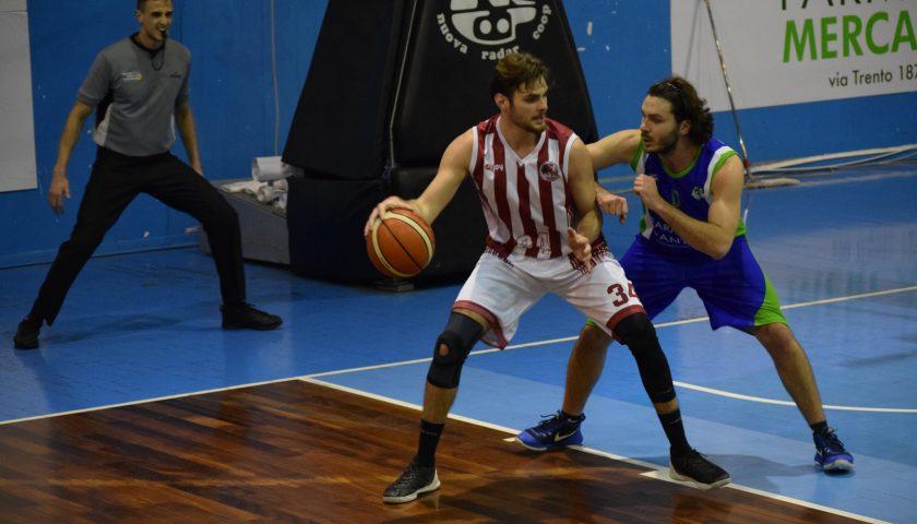 La Hippo Basket Salerno va a caccia di una vittoria di prestigio contro l'ostico C.S. Secondigliano