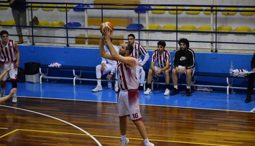 Il C. S. Secondigliano impone il quarto ko di fila alla Fasano Gomme 2 Hippo Basket Salerno