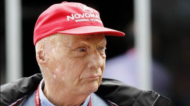 Niki Lauda ricoverato in terapia intensiva nell'ospedale di Vienna