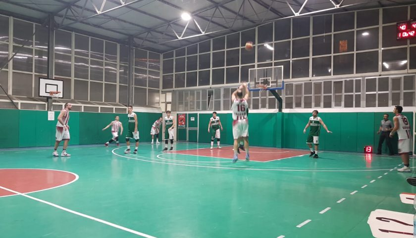 La Fasano Gomme 2 Hippo Basket Salerno espugna il parquet della Pro Cangiani Napoli