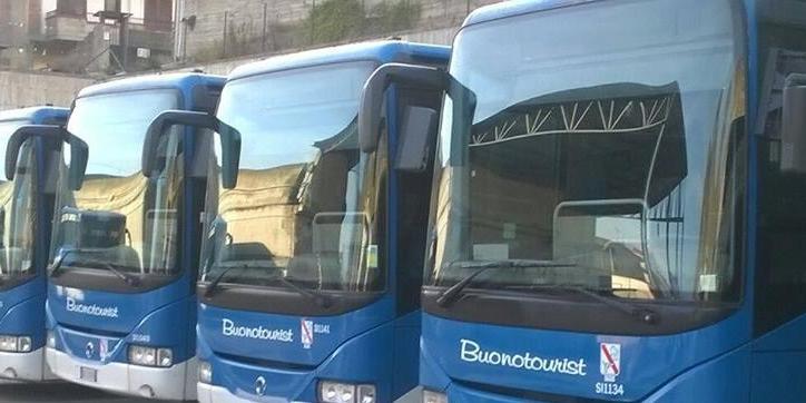 Denunciò i suoi usurai, ora l'azienda Buonotourist di Salerno è fallita