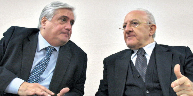 Sanità in Campania, De Luca promette seimila assunzioni