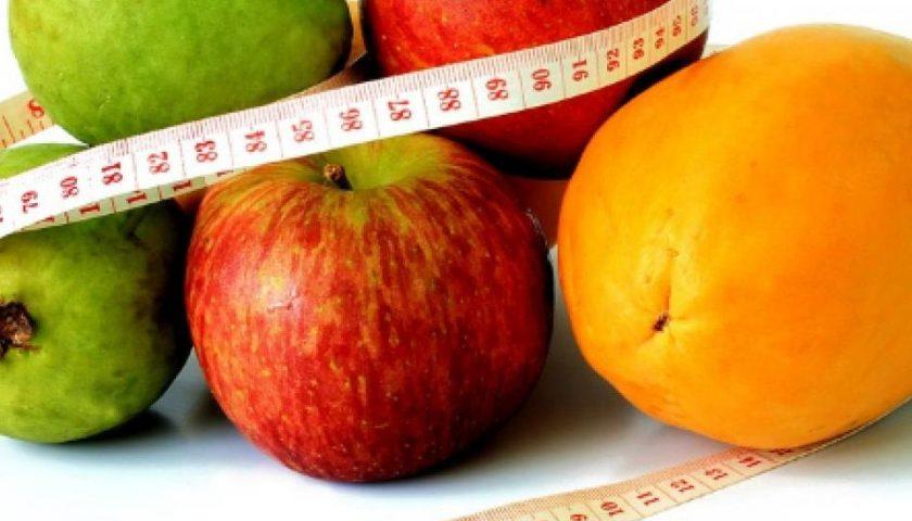 Dieta post natalizia, tutti gli errori da non fare: dalle barrette energetiche ai pasti saltati