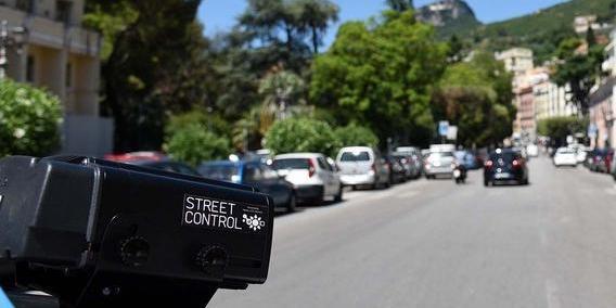 Street control a Salerno: multe a raffica