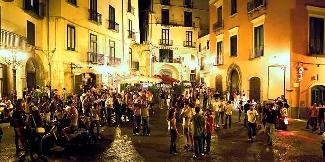 Movida a Salerno, l'ira del centro storico