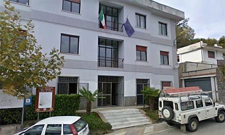 Santa Marina, ordinanza del sindaco: chiusura di tutti i negozi nel pomeriggio, quarantena per chi arriva da zone a rischio