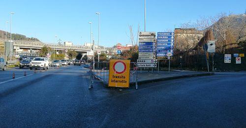 Salerno: via Gatti chiusa, caos e disagi a Fratte anche per cantiere tangenziale