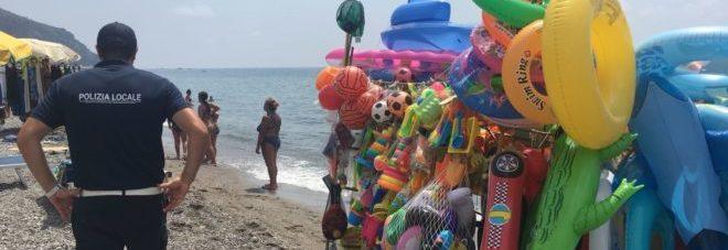 Spiagge sicure, stretta di Salvini: pioggia di fondi sulla Campania