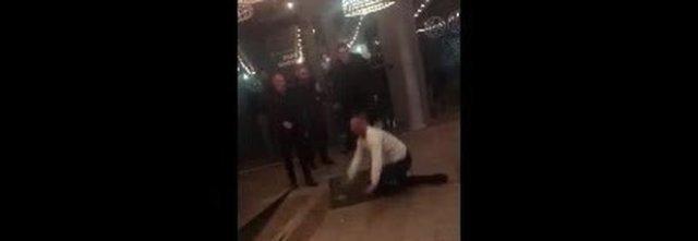 Salerno, violenza choc in discoteca: uomo massacrato da tre buttafuori