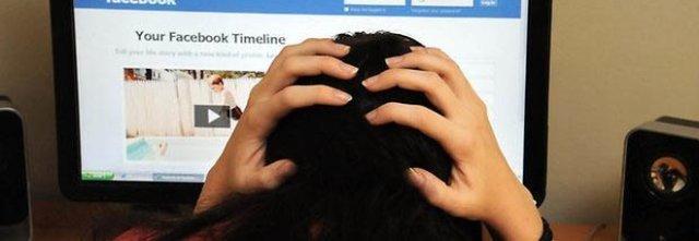 Molestie sul web, 14enne denuncia: «Segnalate, non abbiate paura»