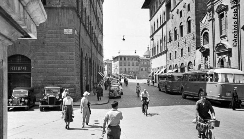 Il viaggio nella storia della moda italiana fa tappa a Firenze
