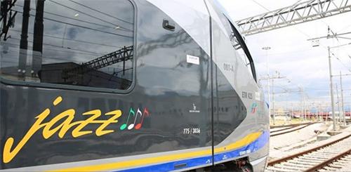 """Consegnati a Salerno due treni """"Jazz"""" per i pendolari campani"""