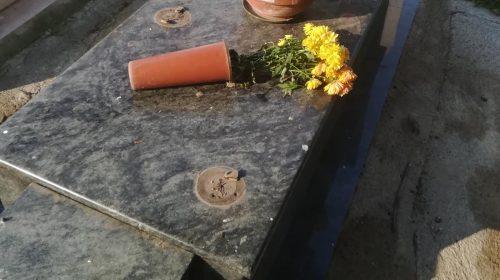 Pagani: tombe devastate, nuovi furti di ottone al cimitero