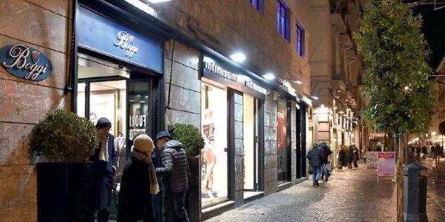 Boggi, chiude la vetrina dell'eleganza a Salerno