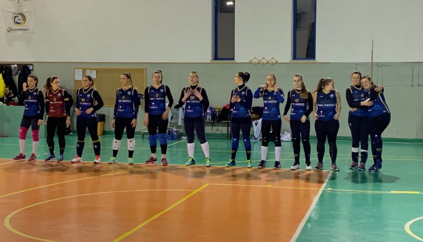 Salerno Guiscards, il team volley si aggiudica lo scontro diretto di Caivano e cala il poker