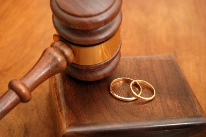 Divorzio mai registrato: dopo 16 anni donna salernitana si ritrova ancora sposata